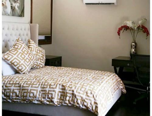 Passages Malibu- Bedroom1