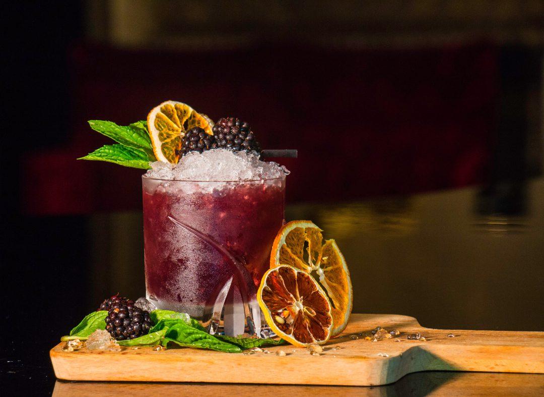 Refreshing Holiday Mocktails: Festive and Alcohol-Free